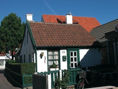 fischerhaus und hotelboom norderney nordsee magazin. Black Bedroom Furniture Sets. Home Design Ideas