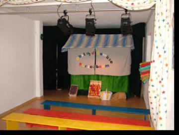 Bühne Purzelbaum