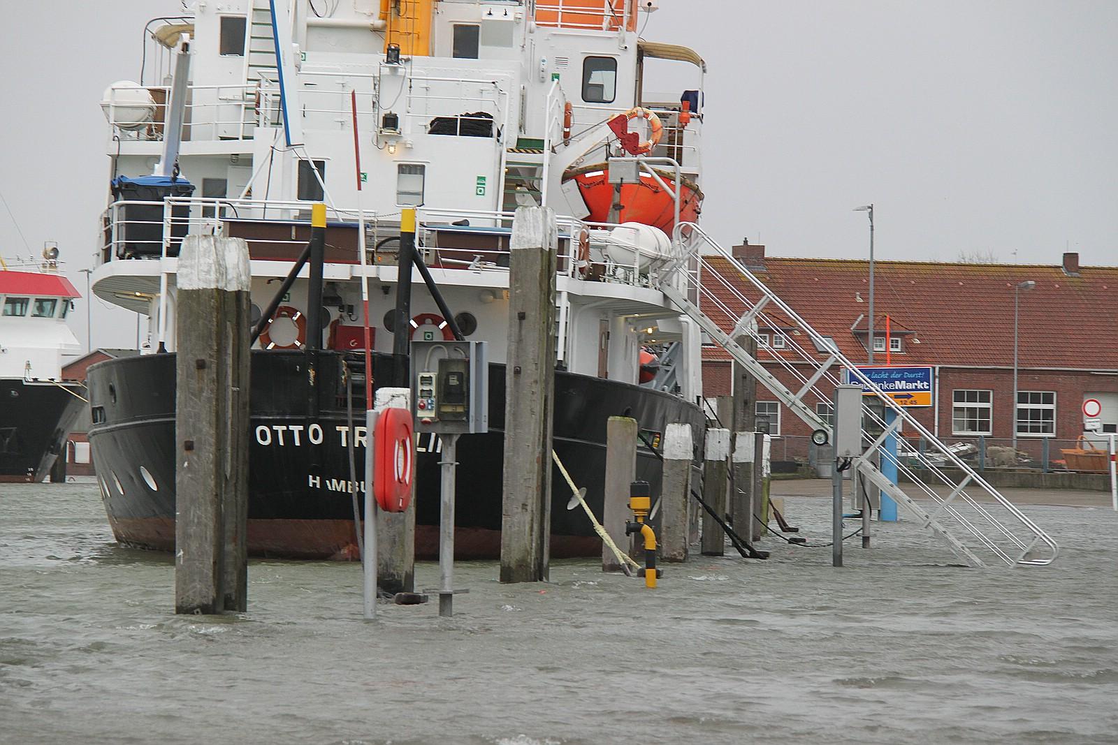 Hafen von Norderney - Tief Carmen