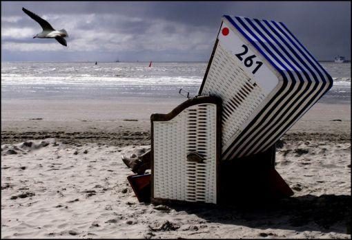"""Strandkorb mit """"flexibler Nummer"""" Norderney"""