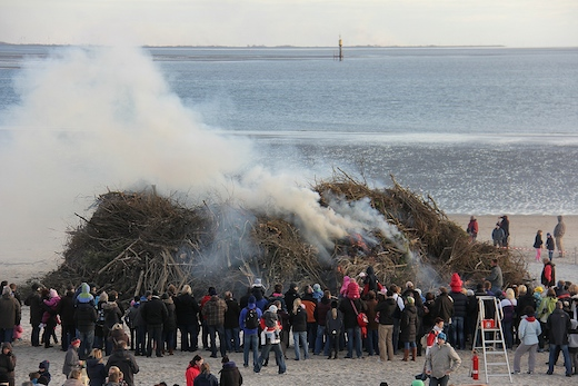 Osterfeuer Norderney 1