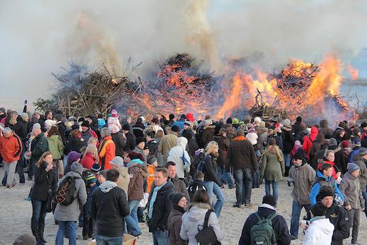 Osterfeuer 2012 auf Norderney 3