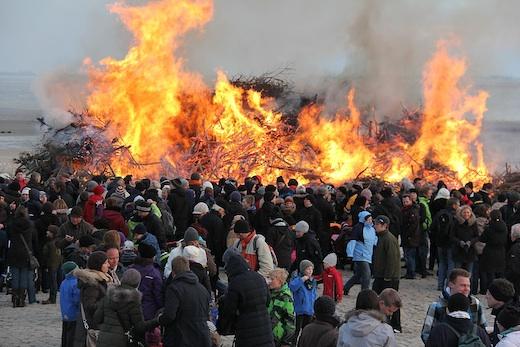 Osterfeuer 2012 auf Norderney 4