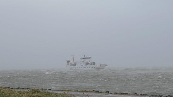 Frisia 1 im Orkan