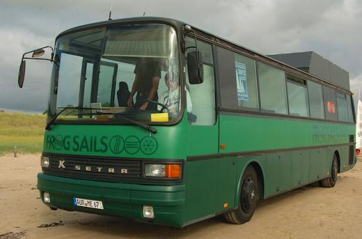 Linienbus nun Abenteuermobil