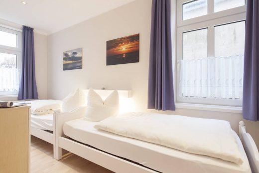 Schlafzimmer im Sommerwind 12