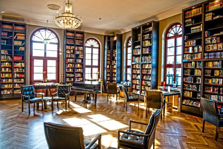 Bücherei im Konversationshaus