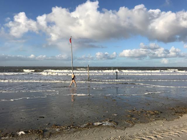 Bild des Tages norderney bad im Meer