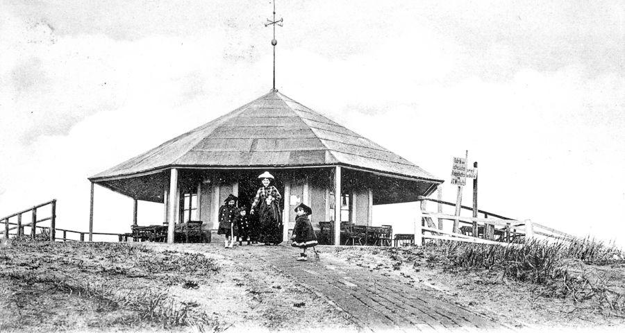 marienhöhe Pavillon aus holz