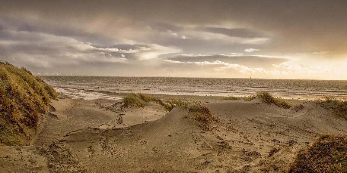strand wolken