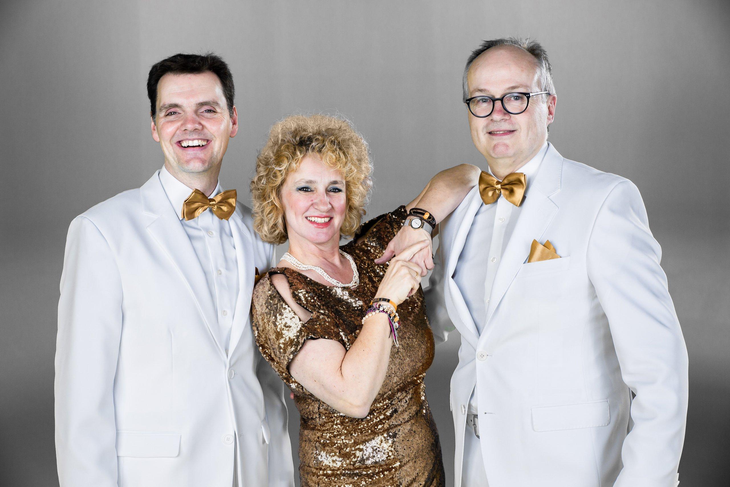 Kurmusik Trio Swing O.K.