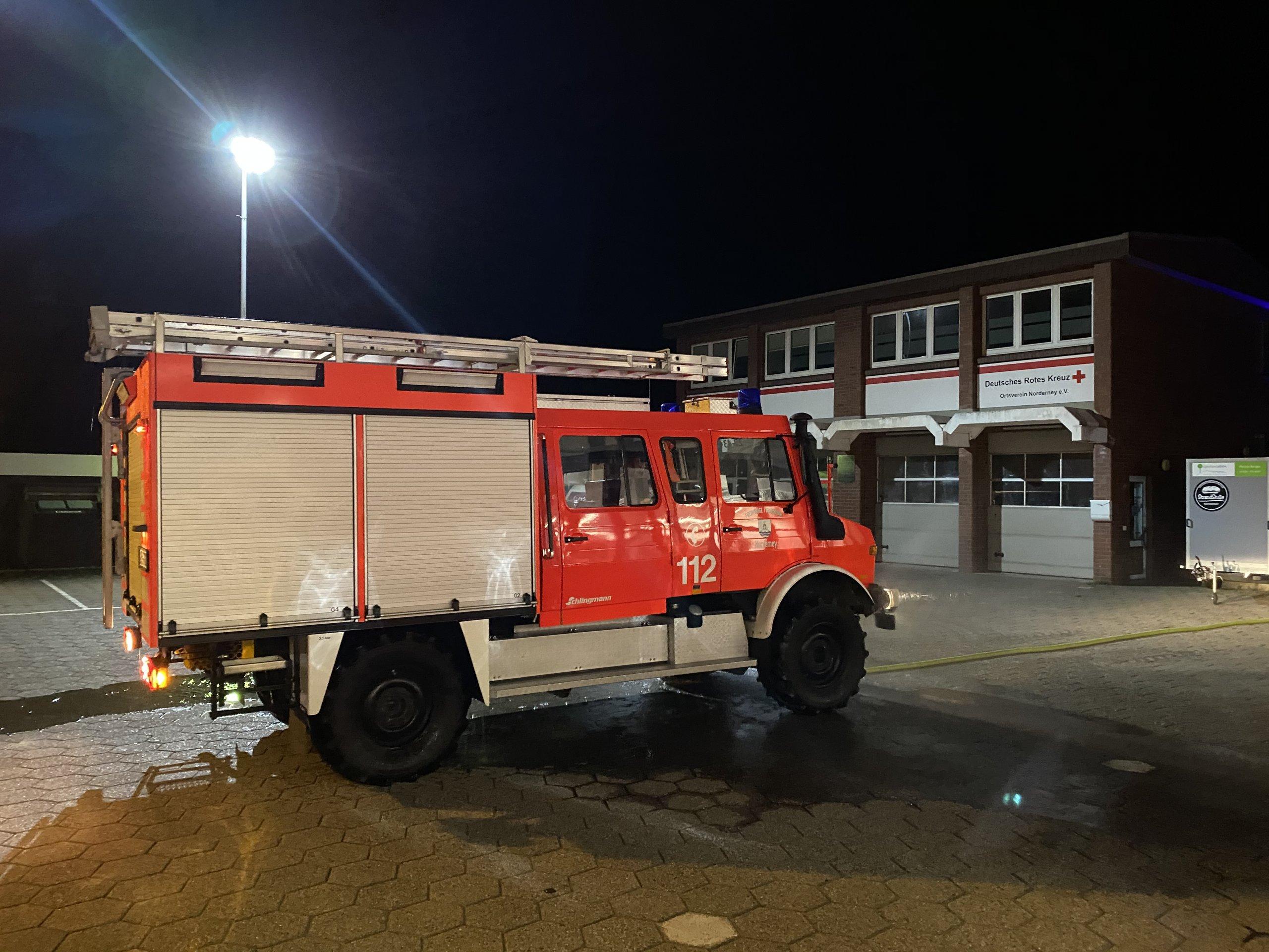 nächtlicher Einsatz der Feuerwehr