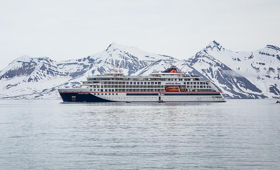 Luxuskreuzfahrten vor der Küste mit Hanseatic nature